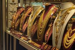 SINGAPORE - 27 DICEMBRE: Negozio di gioielli indiano dell'oro, la maggior parte del GIF importante Fotografia Stock Libera da Diritti