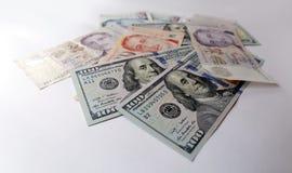 Singapore e dollaro americano su fondo bianco Fotografia Stock Libera da Diritti