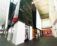 Singapore. De boutique van Chanel bij het winkelcentrum van de Toevlucht van het Zand van de Baai van de Jachthaven Royalty-vrije Stock Fotografie