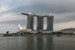 SINGAPORE, SINGAPORE - 18 FEBRUARI, 2018: Marina Bay Sands Hotel, Marina Bay, Singapore Stock Foto's