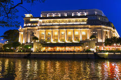 Singapore flod på aftonen. Royaltyfri Bild