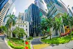 SINGAPORE, SINGAPORE - 30 GENNAIO 2018: Vierw del complesso di costruzione residenziale pubblico del condominio e del centro all' Immagini Stock