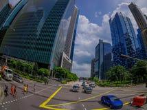 SINGAPORE, SINGAPORE - 30 GENNAIO 2018: Vista del complesso di costruzione residenziale pubblico del condominio e del centro all' Fotografie Stock Libere da Diritti