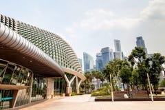 Singapore gränsmärke: Promenadteatrar på fjärden Royaltyfria Bilder