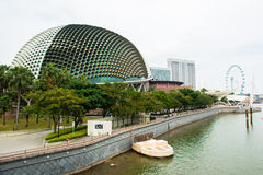 Singapore horisont av affärsområdet och Marina Bay Arkivfoton