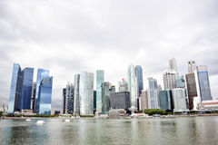 Singapore horisont och skyskrapor Fotografering för Bildbyråer