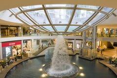 SINGAPORE inom gallerian/, Arkivbild
