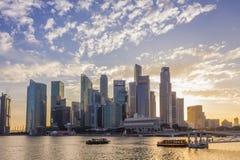 Singapore - Januari 07, 2017: Finansiell buil för Singapore Cityscape Royaltyfria Foton