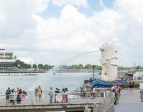 15 Singapore-juli, 2015: De Merlion-fontein in Singapore Merli Royalty-vrije Stock Afbeeldingen
