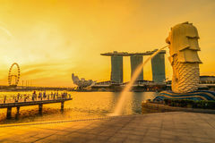 SINGAPORE-JULY 9, 2016: Merlion statue fountain in Merlion Park Royalty Free Stock Photos
