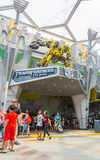 SINGAPORE - JULY 20,2015 : TRANSFORMERS The Ride: The Ultimate 3. D Battle The statue of Autobot robot at Sci-Fi City, Universal Studio, Singapore Royalty Free Stock Photos
