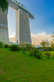 SINGAPORE - JUNE 19, 2014: Marina Bay Sands. The iconic design h Royalty Free Stock Photos
