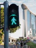 SINGAPORE-03 Juni, 2017: Fot- trafikljus i Singapore Royaltyfria Foton