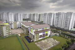 Singapore kommunal skola och hus Royaltyfri Fotografi