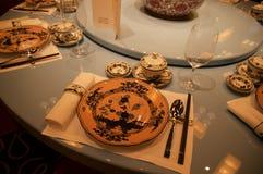 SINGAPORE - 23 luglio 2016: Interno del ristorante di cantonese o di cinese, parte di un albergo di lusso cinque stelle a Marina  Fotografia Stock