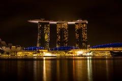 Singapore - Maart 1, 2017: Marina Bay Sands, het bezit van het wereld` s duurste standalone casino in Singapore Royalty-vrije Stock Foto's