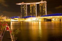 Singapore - Maart 1, 2017: Marina Bay Sands, het bezit van het wereld` s duurste standalone casino in Singapore Stock Foto