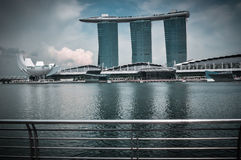 31 Singapore-MAART: Marina Bay Sands Resort Hotel op Mar 31, Royalty-vrije Stock Fotografie