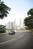 Centro urbano della carrozza di taxi di Singapore Immagine Stock
