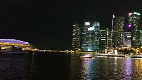 SINGAPORE - Maj 6, 2017: Panorama över Marina Bay stock video
