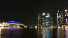 SINGAPORE - Maj 7, 2017: Panorama över Marina Bay stock video