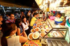 Singapore: Makansutra frossarefjärd arkivbilder
