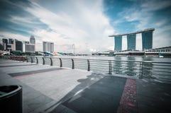 SINGAPORE-MARCH 31 :小游艇船坞海湾铺沙3月31日的度假旅馆, 免版税库存图片