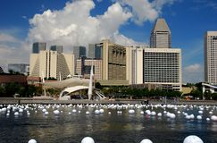 Singapore: Marina Bay Skyline Arkivbilder