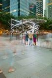 SINGAPORE - MARS 20: Afton på Marina Bay som presenterar händelsen royaltyfria bilder