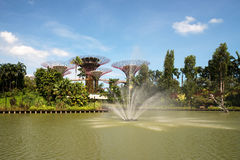 Singapore marzo 2016 Giardini dalla baia in Marina Bay a Singapore, marzo 2016 Fotografie Stock