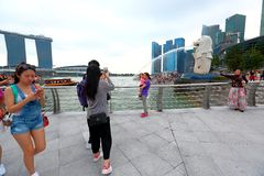 Singapore: Merlion parkerar royaltyfria bilder