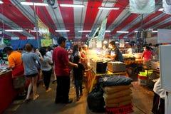 Singapore: Nattmarknad Pasar Malam Royaltyfria Foton