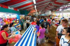 Singapore: Nattmarknad Pasar Malam Royaltyfria Bilder