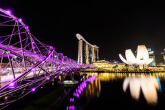 SINGAPORE - NOVEMBER 22, 2016: Marina Bay Sands Resort Hotel på N Royaltyfria Bilder