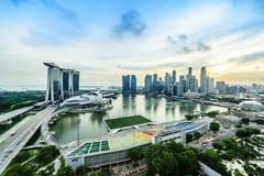 SINGAPORE - NOVEMBER 22, 2016: Marina Bay Sands Resort Hotel på N Arkivfoton