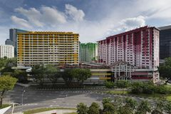 Singapore, Singapore - 12 novembre 2017: Centro di Rochor, HDB variopinto piano a Singapore Fotografie Stock Libere da Diritti