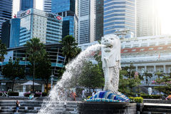 SINGAPORE-OCT 28: The Merlion fountain and Marina Bay Sand Stock Photos