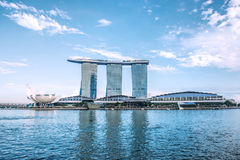 SINGAPORE-OCT 28: 6na 3 biliiondollar (USA) Marina Bay Sands royaltyfria bilder