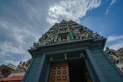Singapore - oktober 16, 2018: Hindoese tempel genoemd sri mariamman tempel stock foto's