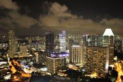 Singapore panorama på natten Arkivbilder