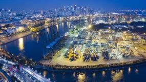 Singapore port från den Sentosa ön Arkivbilder