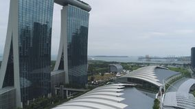 Singapore - 25 September 2018: Sluit omhoog voor Marina Bay Sands Resort met glacevoorgevel in Singapore schot Sluit omhoog voor royalty-vrije stock foto