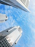 Singapore skyskrapor i stadens centrum affär Arkivbild
