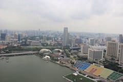 Singapore Skyview in Marina Bay dichtbij de mond van Singapore Stock Afbeelding