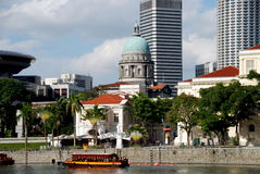 Singapore: View along Singapore River Royalty Free Stock Images