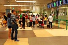 Singapore: Vänta för flygplats Royaltyfri Foto