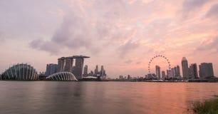 Singapour dans le coucher du soleil Photographie stock libre de droits
