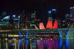 SINGAPOUR - 3 FÉVRIER : Vue de nuit de Singapour sur Februar Photo stock