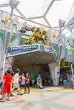 SINGAPOUR - JUILLET 20,2015 : TRANSFORMATEURS le tour : Les 3 finaux Photos stock