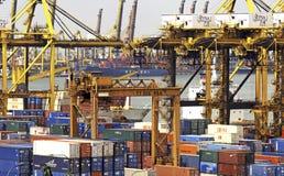 Singapour : Port, conteneurs Photos libres de droits